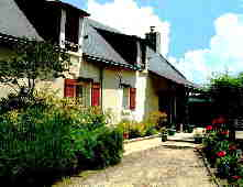 VOLETS ROUGES HOLIDAY COTTAGES 10302